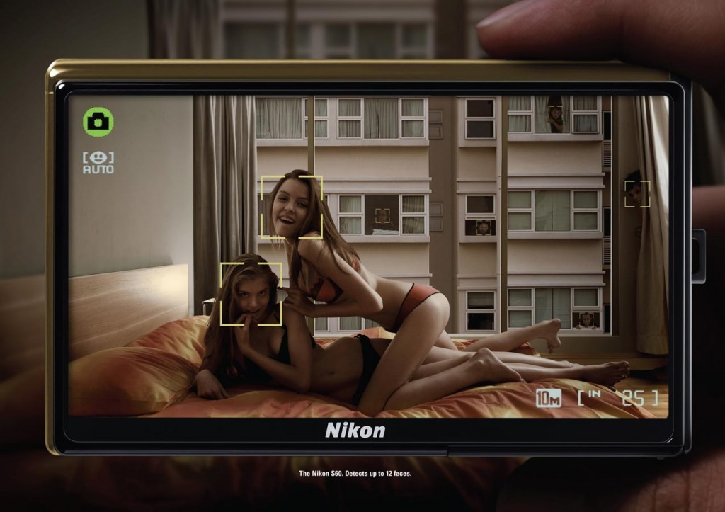 nikon voyeurs 1024x723 51 Examples of Funny & Creative Advertising