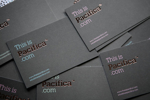 pacifica 100 Refreshing Black & White Business Cards