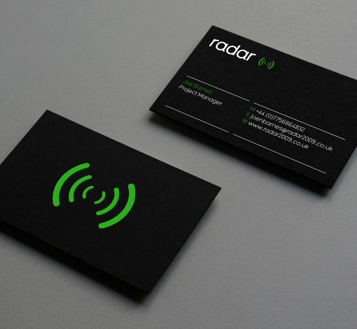 radar 100 Refreshing Black & White Business Cards
