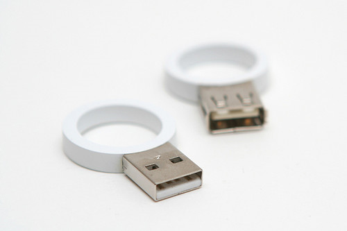 creative usb33 55 Creative Examples of USB Designs