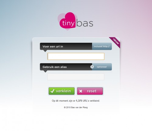 tinybas 500x432 45 Eye Catching Login/SignUp Forms