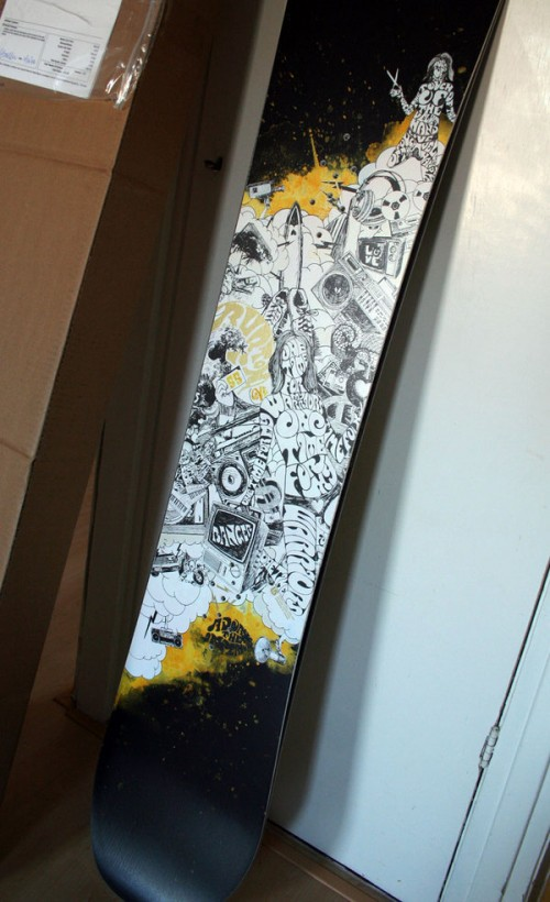 540231194215237 500x820 50 Beautiful Examples of Snowboard Designs