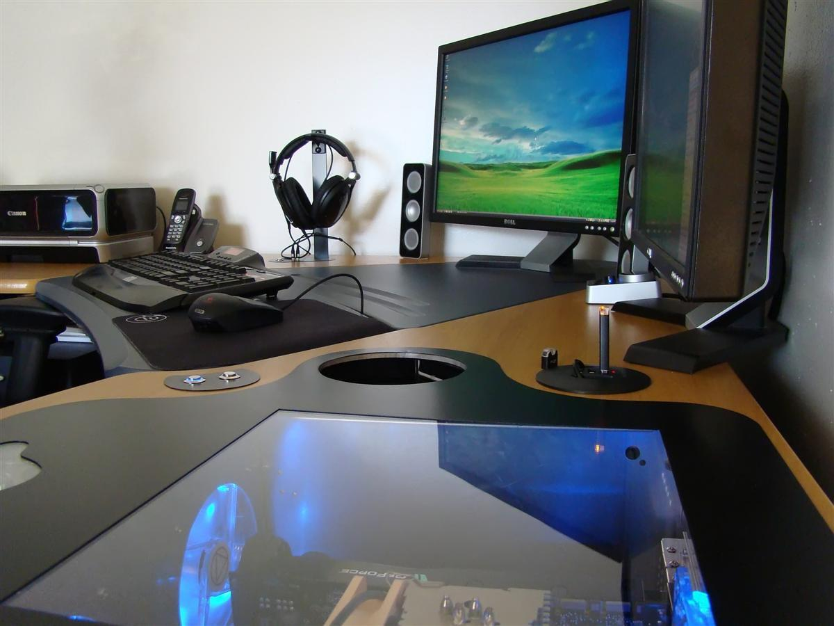 15 Envious Home Computer Setups | Inspirationfeed