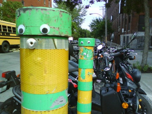 891041246932443 500x375 20 Cool Street Art Photos That Will Make You Smile