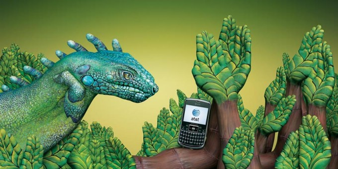 ATT Paraguay Iguana 680x3401 30 Incredible Hand Paintings by Guido Daniele