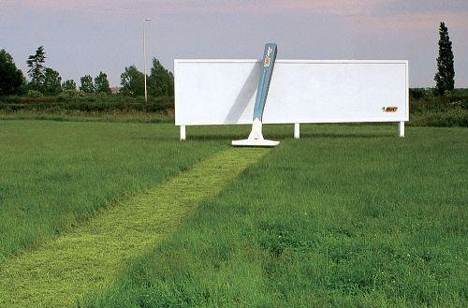 bic shaves grass1 35 Creative Examples of Billboard Designs