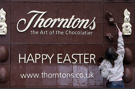 thorntons edible chocolate billboard1 35 Creative Examples of Billboard Designs