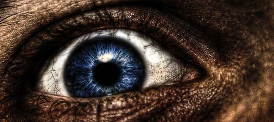 Exp  HDR 4  Eye  by dakotapearl1 20 Beautiful Macro Photos of the Human Eye