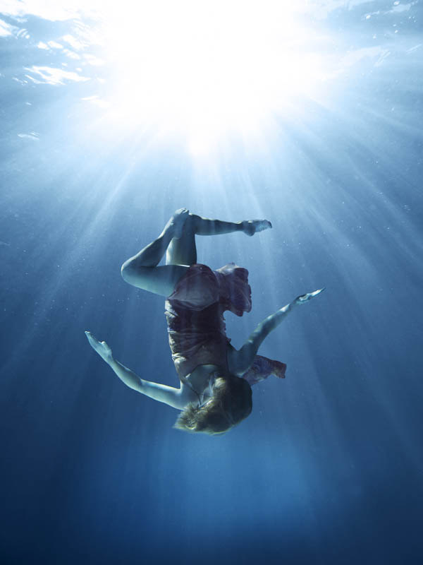 12 underwater dance 30 photographs that will blow your mind