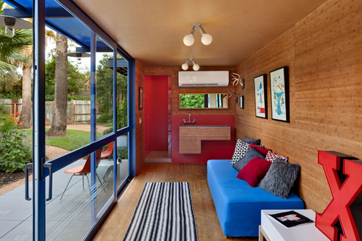 Poteet-Architects-Container-Guest-house4 (1)