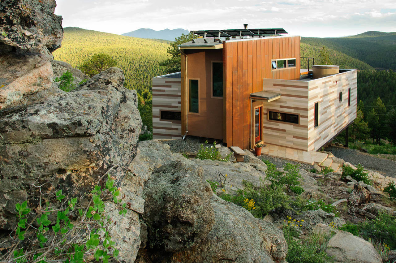 Shipping Container House (1)