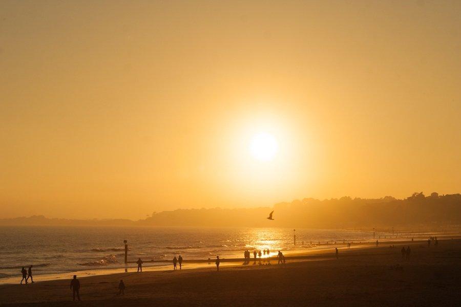 early-morning-beach