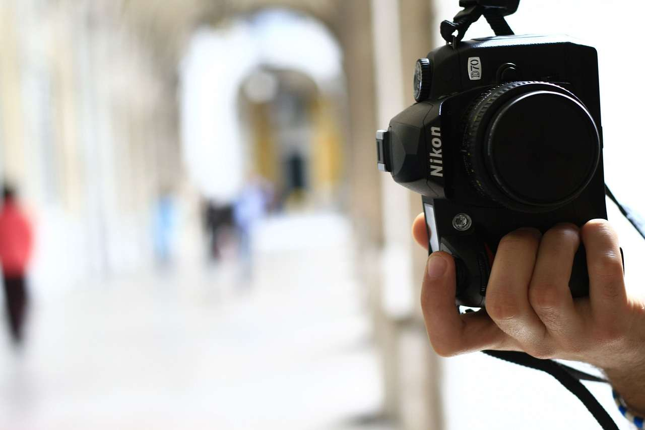 How to Make Money as a Freelance Photographer | Inspirationfeed