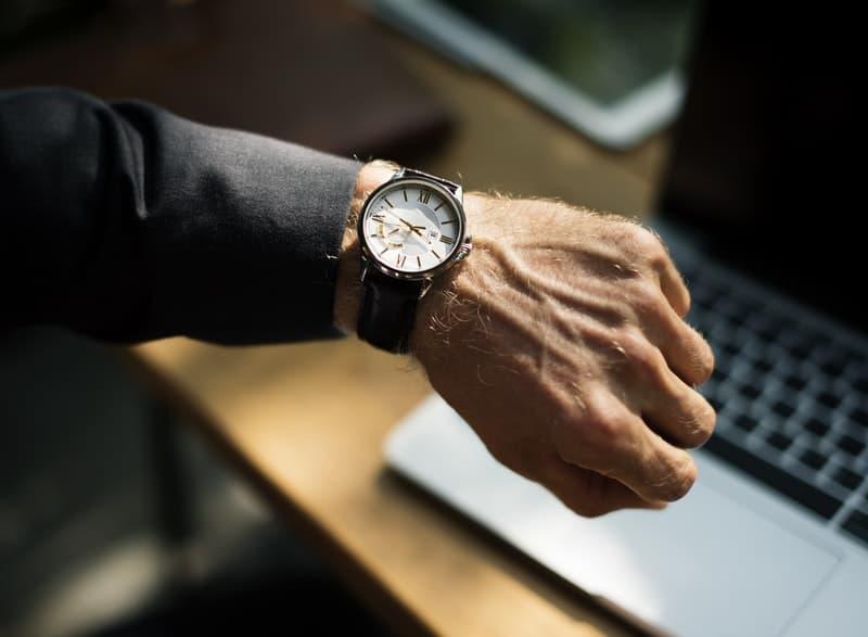 adult analogue watch