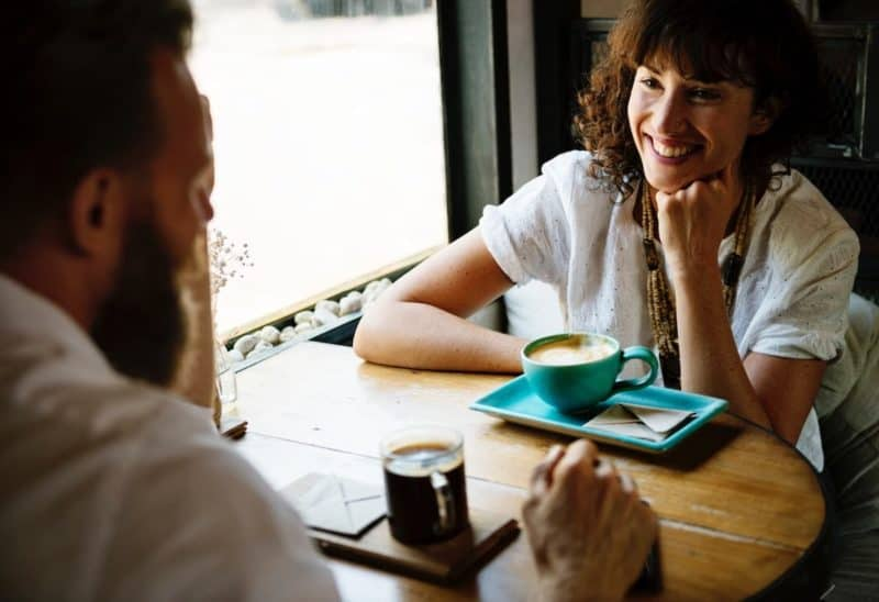 counselor having a meeting at a coffee shop