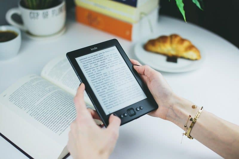 reading an ebook on amazon kindle