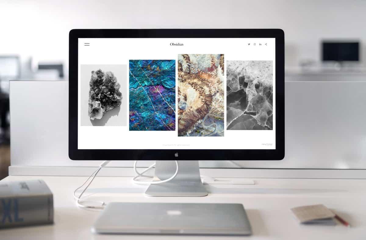 Beautiful minimal website on an imac screen