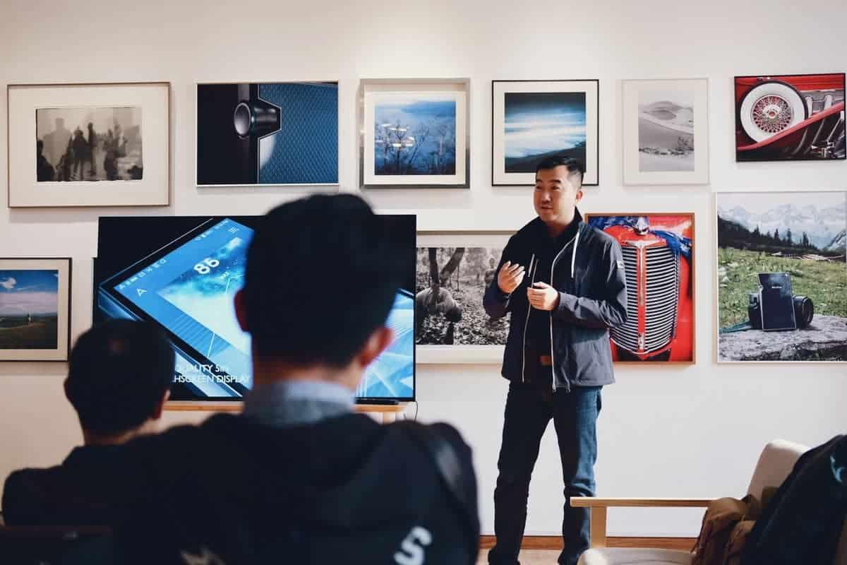 Man teaching a class on photography
