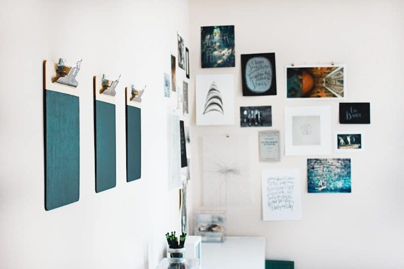 Wall posters and Painting Inside a Minimal Home