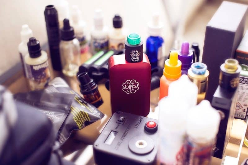 Vaping pen and oils