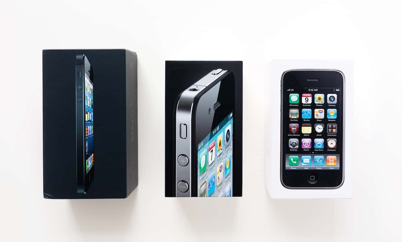 Apple iPhone packaging designs