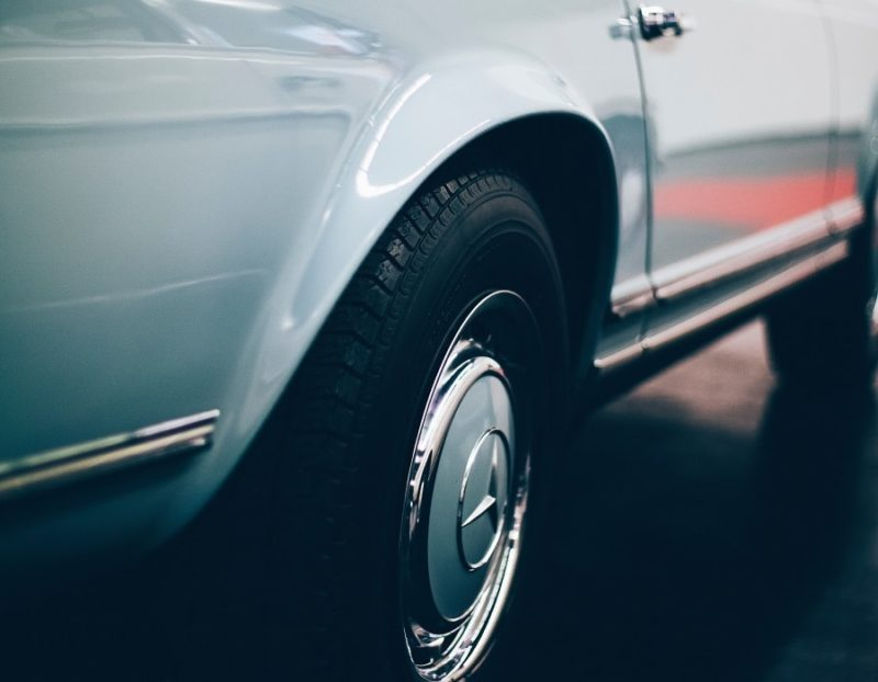 what are directional tires