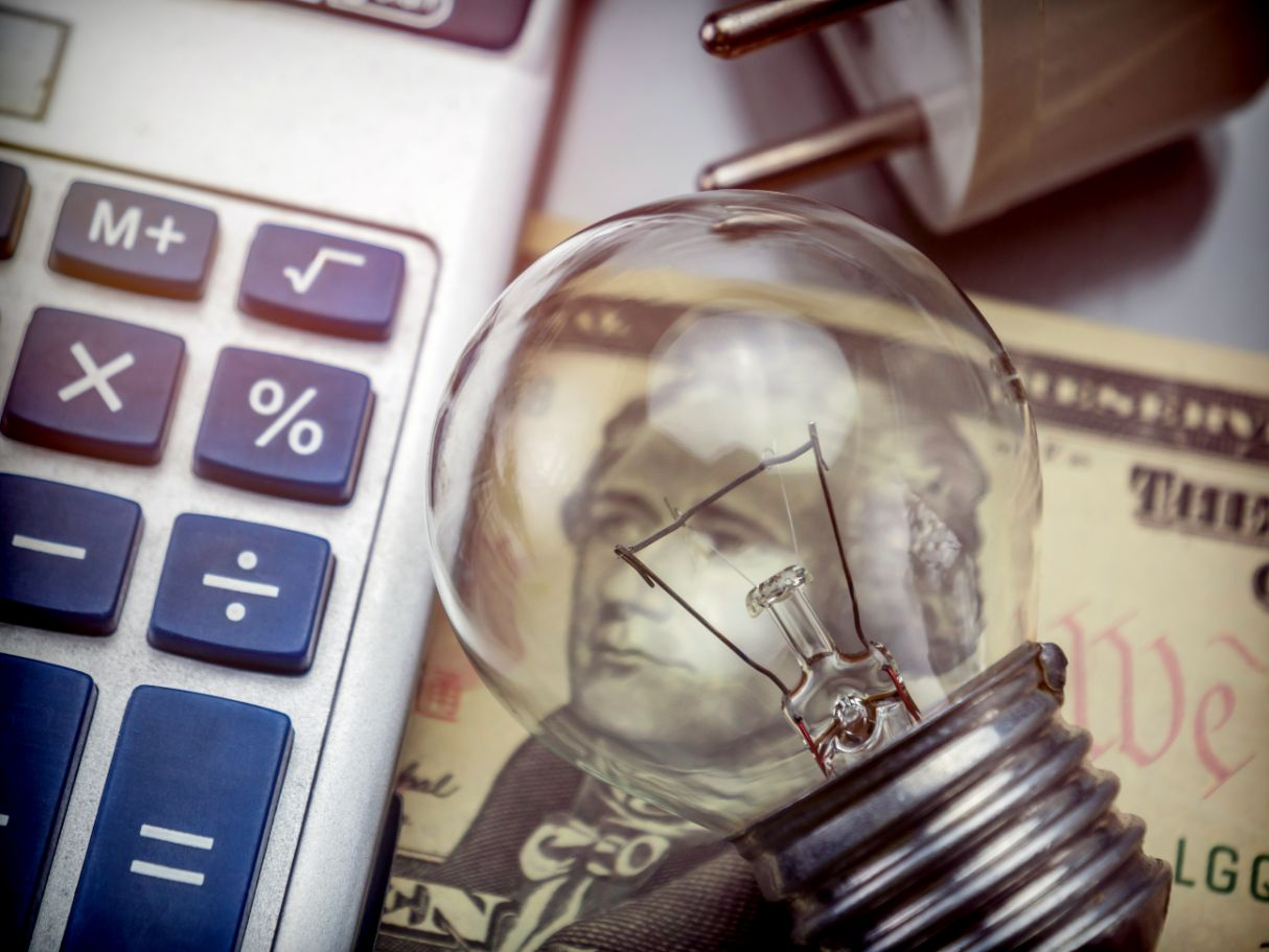5 Ways to Save Money Every Month