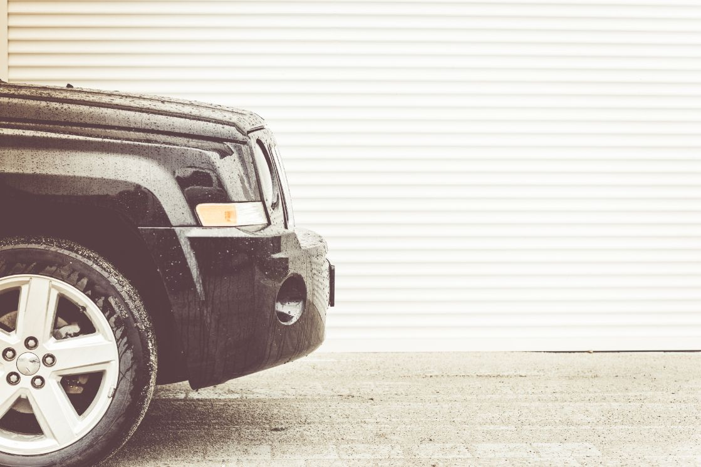 Tips To Keep Up With Your Garage Door Maintenance