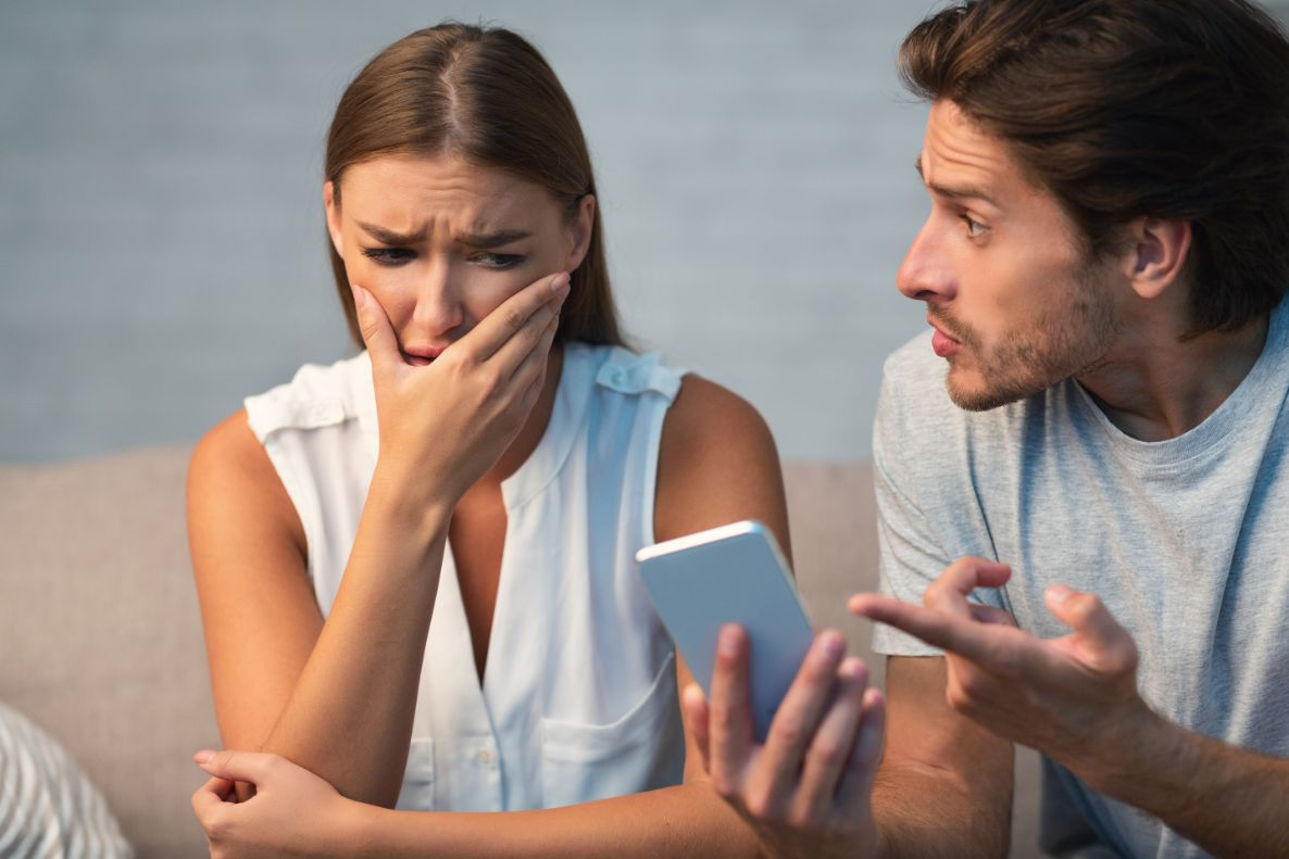 Avoid These 5 Pitfalls When You Catch Your Spouse Cheating On You