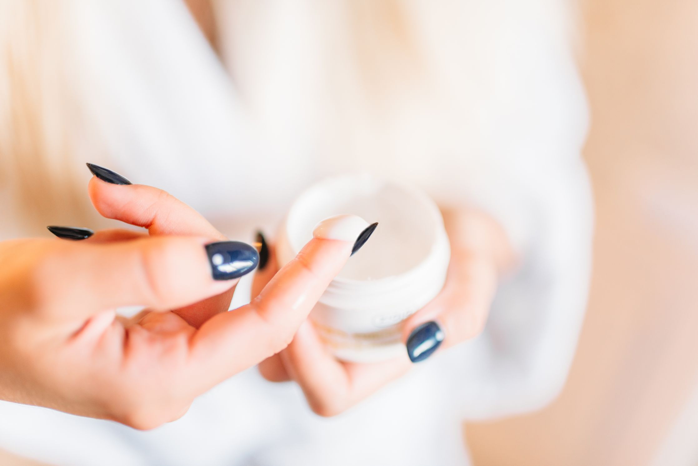 Points to Consider While Buying Skincare Products