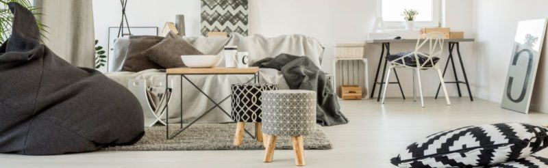 grey-living-room-PUXMRA6-800x246