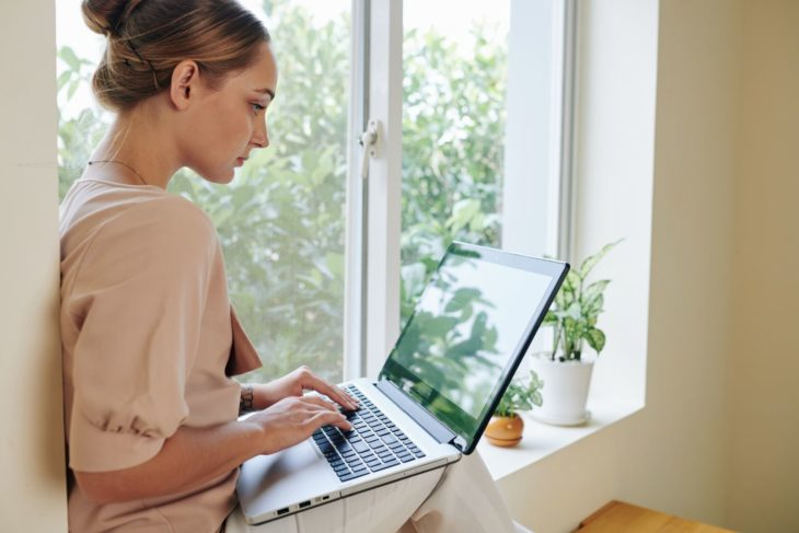 Best 3 Ways to be Healthy in Your Home Office