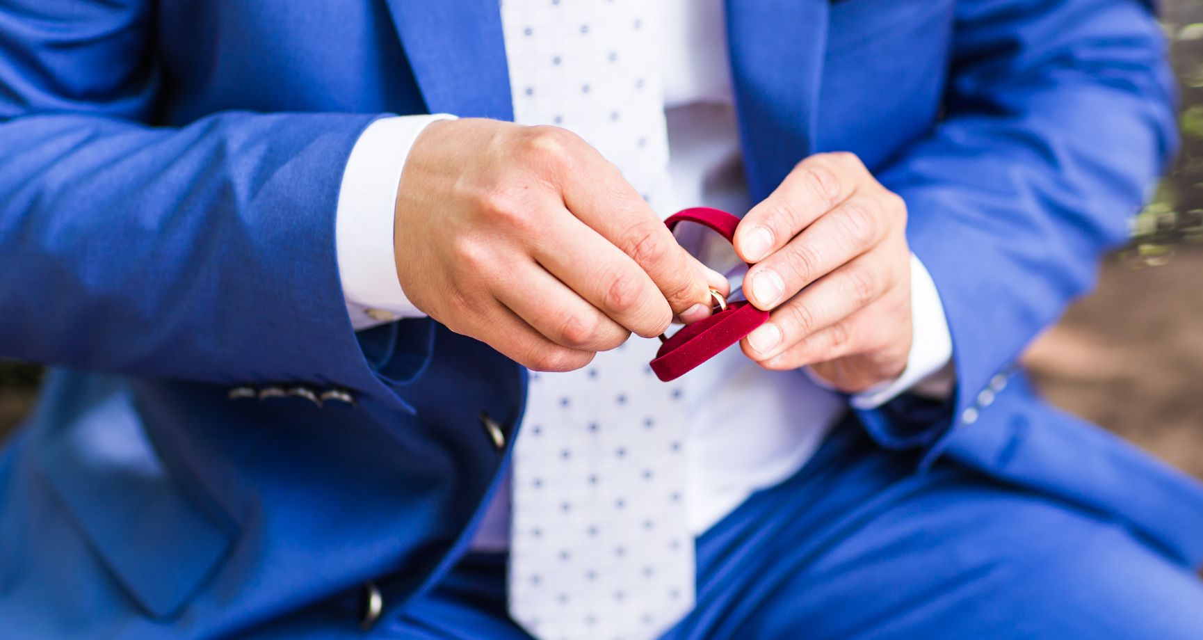 Questions to Ask When Buying an Engagement Diamond Ring