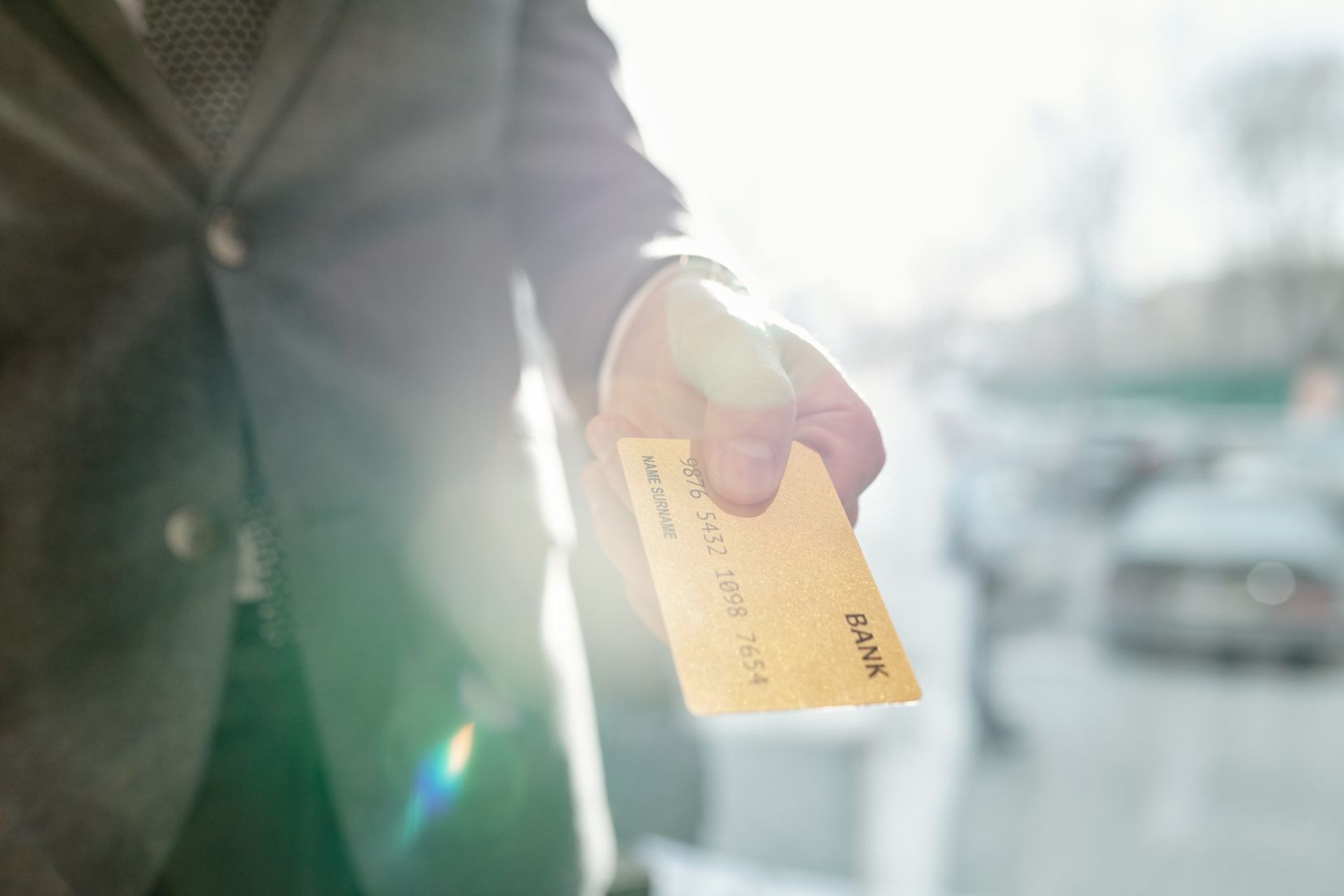 Never Pay in Cash: 5 Reasons to Choose Credit or Debit
