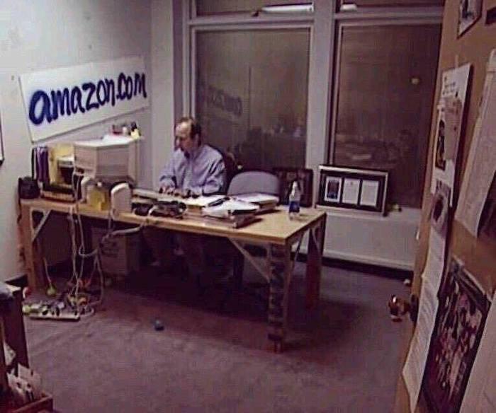 Jeff Bezos 1999 Amazon Office